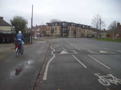 Many cyclists, particularly students and rowing coaches, use the pavement in this area.