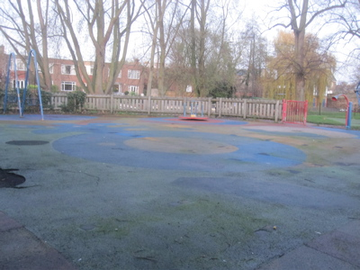 The area of the playground on Jesus Green which is intended for younger children is rather desolate as old play equipment has been removed. The city council may not improve matters before spring 2011.