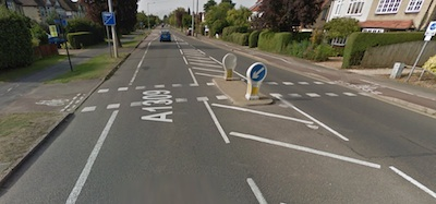 cycle crossing Woodhead Drive / Milton Rd