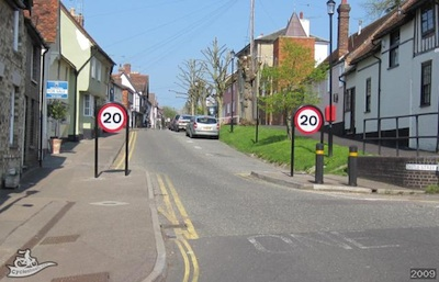 This 20mph street in Saffron Walden has no speed humps / tables / cushions.It is very clearly signed!